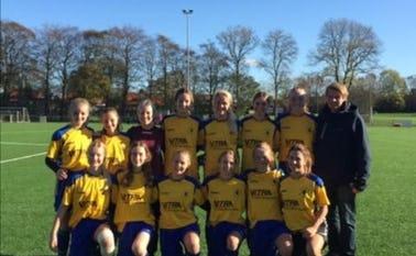 Fodboldpigerne fra Næsbjerg Skole
