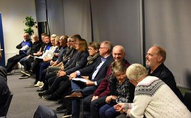 Mange deltog i byrådsmødet