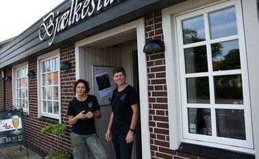 Susanne T Knudsen og Tina Bøjesen Bjælkestuen åbner igen