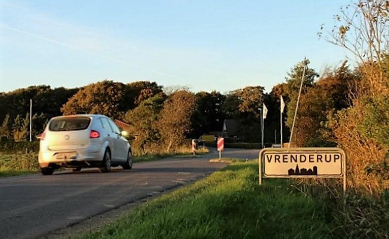Indkørsel til Vrenderup fra Vrenderupvej