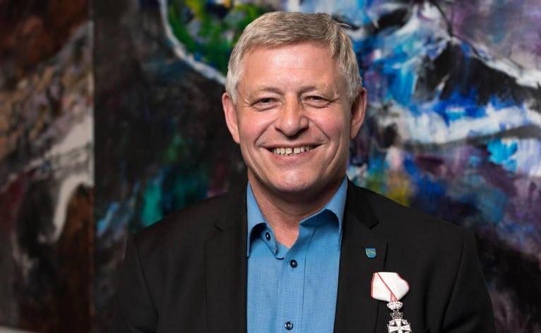 Varde Kommunes borgmester, Erik Buhl, er nu Ridder af Dannebrog
