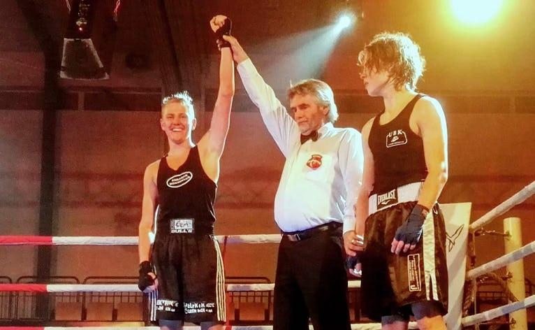 Emil vandt kampen mode Frederik Rasmussen fra Ulfborg med dommerstemmerne 3-0