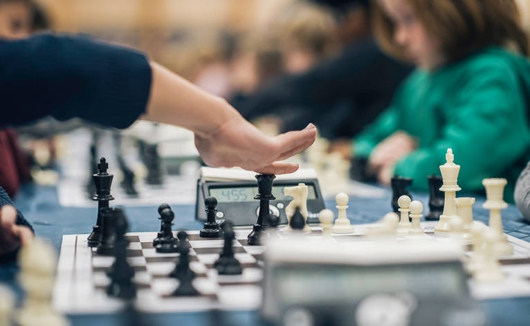 Landet over spilles der hvert år skak på skolerne fredag i uge 6