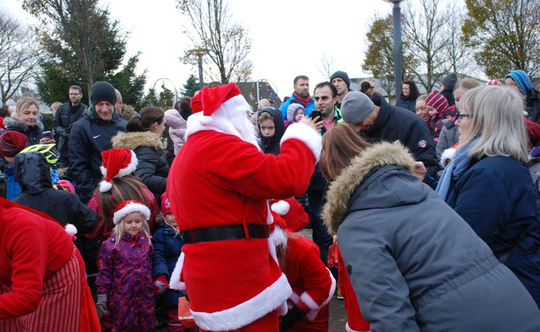 Sidste år kom julemanden forbi, da vi kaldte på ham - skal vi prøve igen i år