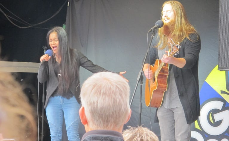 Rasmussen & Gina Michaells i Ølgod